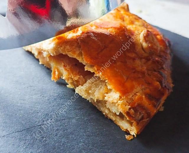 Galette des rois aux pommes caramélisées / Caramelized Apple king Cake