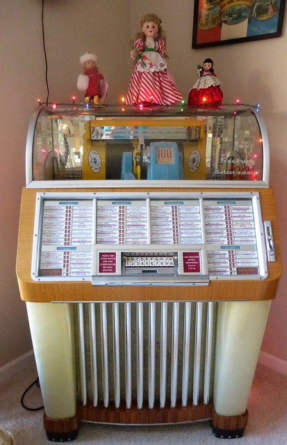 1952 SEEBURG JUKEBOX