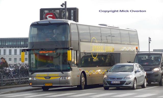 VDL coach AK39692, Nikon COOLPIX S6800