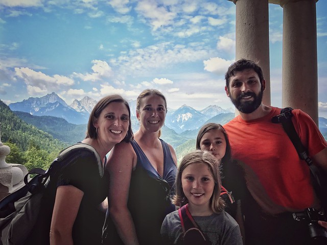 Family at Neuschwanstein