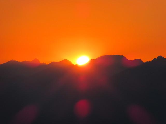 Sonnenuntergang von der Hochlandhütte aus