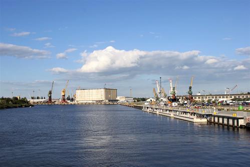 Szczecin 2050: A Floating Garden