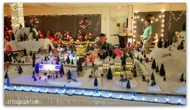Dec 21 Christmas Lane and Lights9