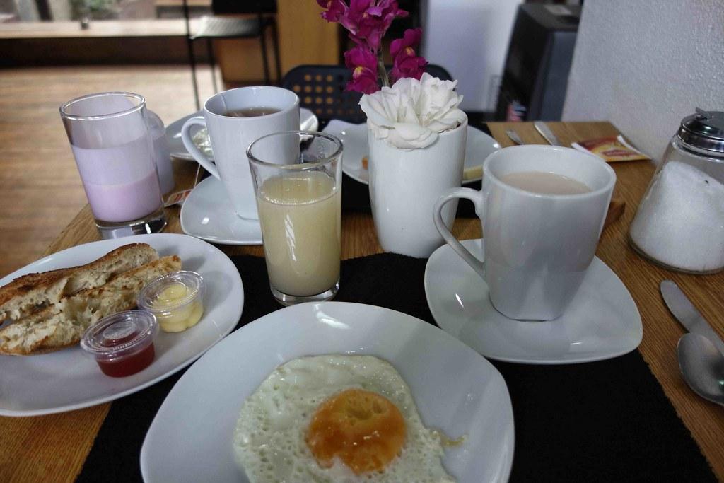 La Paz - Hotel Tinka - Breakfast