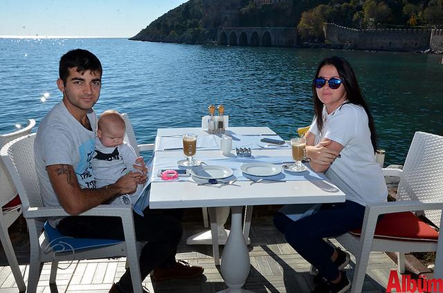 Ali Shiraliyev ve ailesi