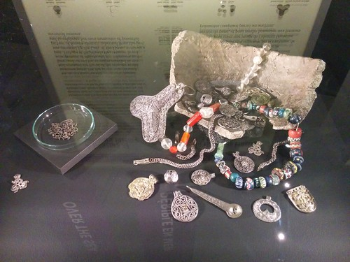 Assorted jewelry #toronto #royalontariomuseum #vikingsto #vikings #scandinavia #jewelry #latergram