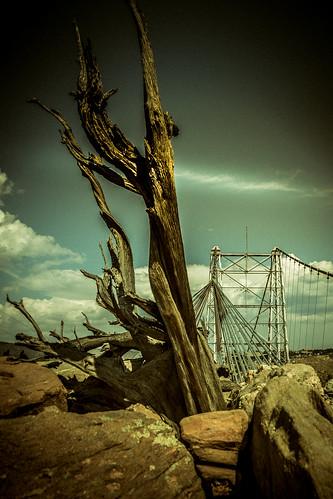 canoneos5dmarkiv ef24105mmf4lisusm bridge puente royalgorge colorado abutment cable suspensionbridge retro artsy