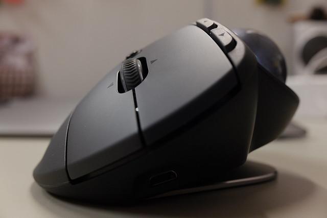 FX702717