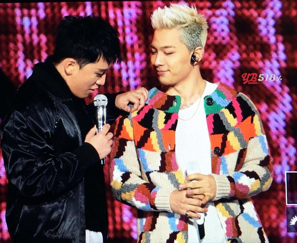 BIGBANG via YB_518 - 2017-12-23 (details see below)