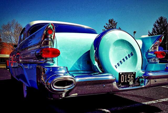 Fins! Tailights! Chrome! 50's Pontiac