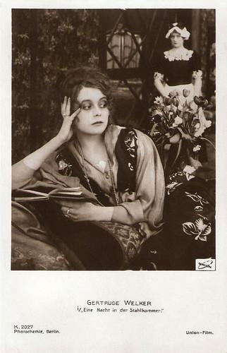 Gertrude Welcker in Eine Nacht in der Stahlkammer (1917)
