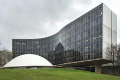 Oscar Niemeyer Paris