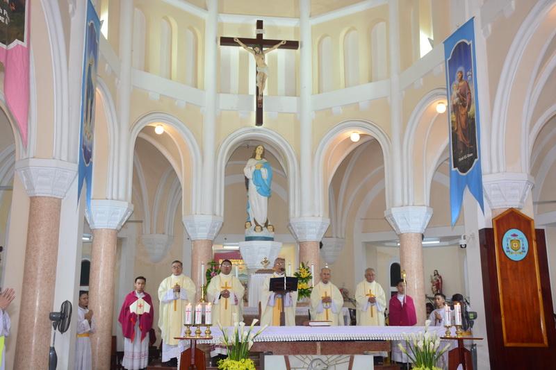 Thánh Lễ Truyền Chức Linh Mục Giáo Phận Qui Nhơn - Ảnh minh hoạ 21