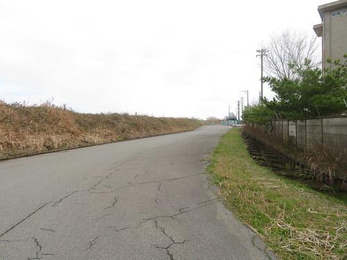 金沢競馬場の裏の道路