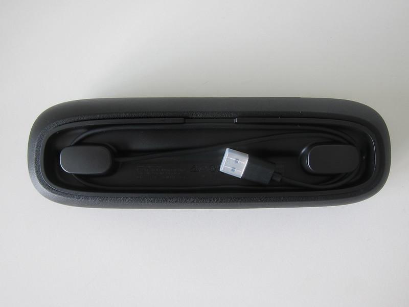 Philips Sonicare DiamondClean Smart - Travel Case - Bottom - Charger
