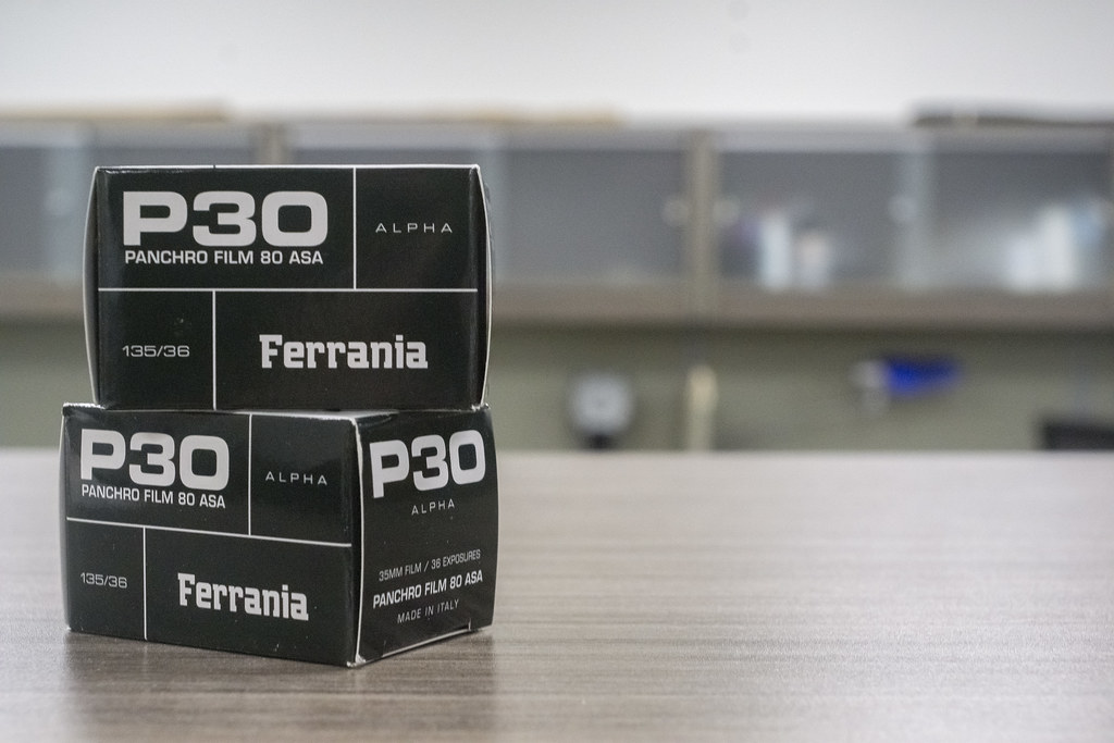 CCR:FRB - Review 03 - Film Ferrania P30