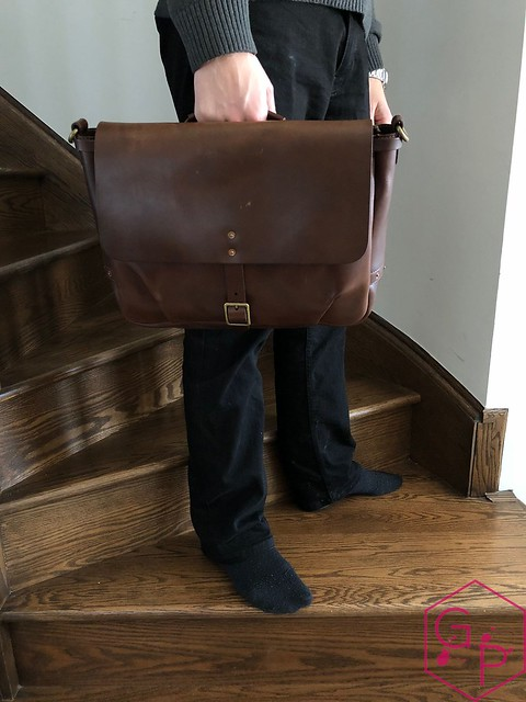 Review @SatchelandPage Brown Leather Slim Mailbag 1