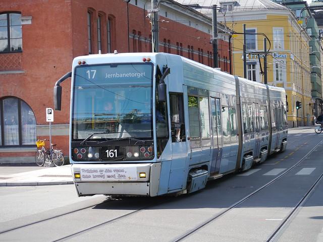 Oslo tram, Panasonic DMC-G3, Lumix G Vario 45-200mm F4.0-5.6 Mega OIS