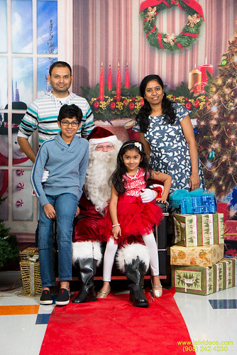Santa at Teecs-104