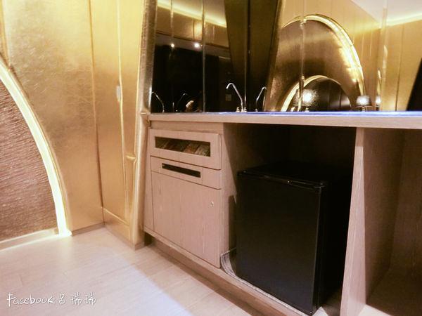 台中住宿 超推![影片] 水雲端旗艦概念旅館 Hotel,超多!超大打造不同風格 (15)