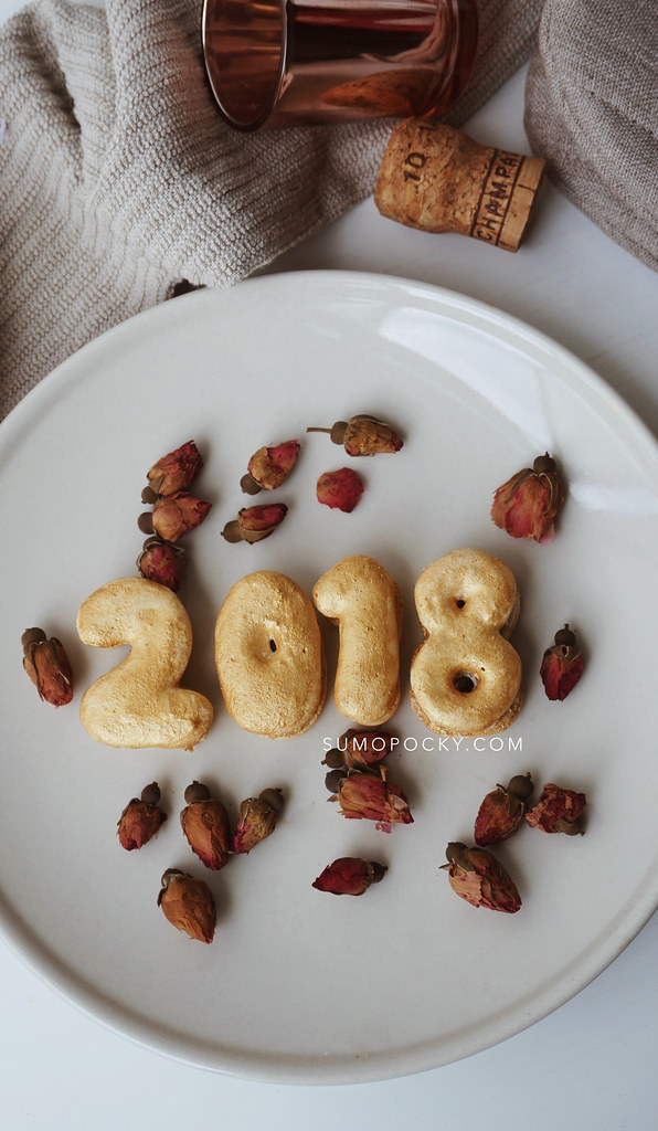 2018 new year macarons