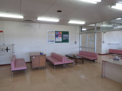 金沢競馬場の3階の休憩スペース