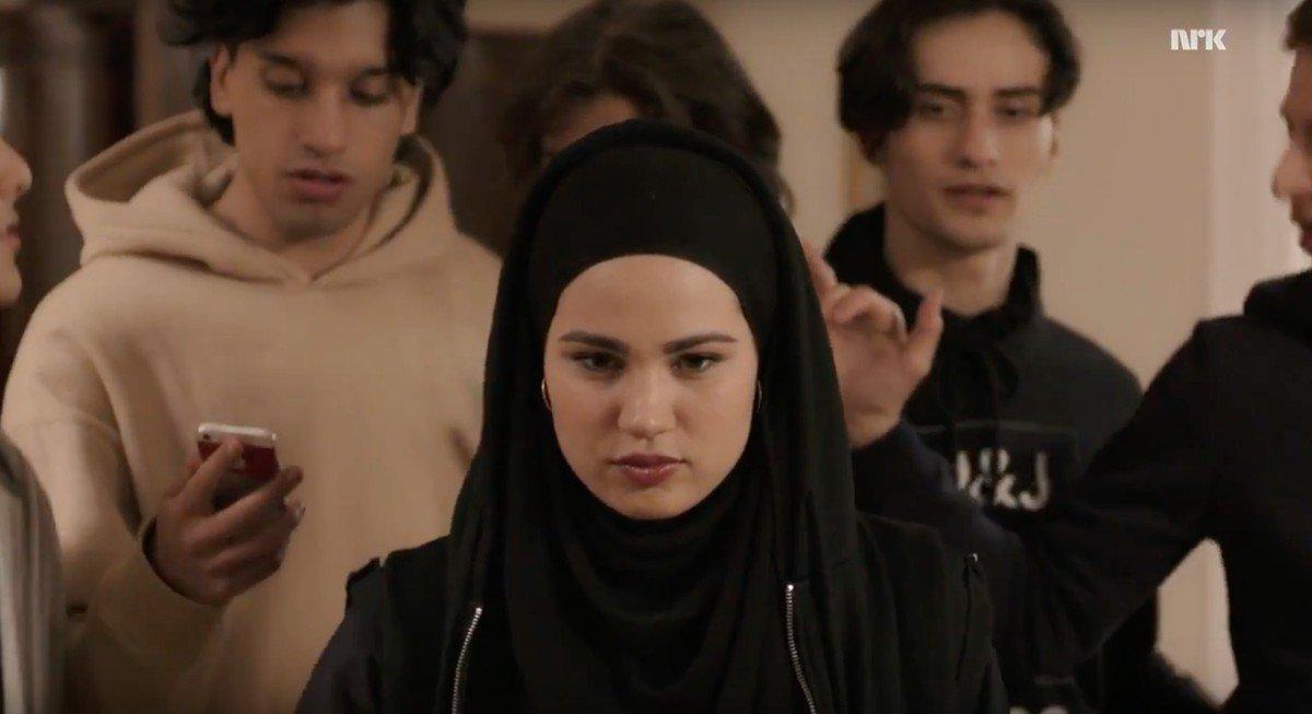 第四季的穆斯林女主角 Sana,在挪威經歷宗教與身份認同的挑戰。