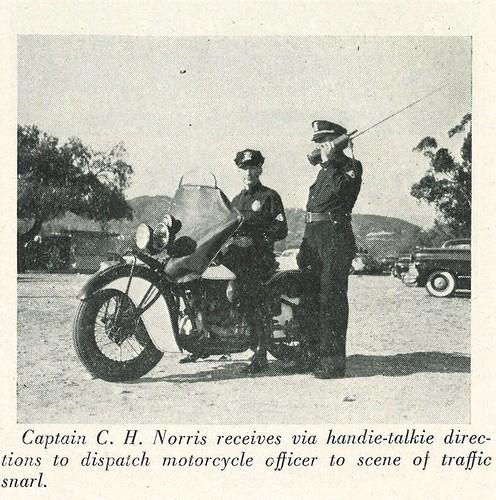 1945-Handie-Talkie_1