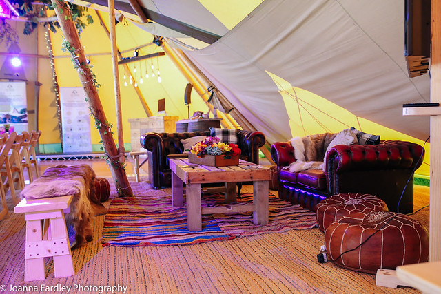 Two giant tipis_Joanna Eardley Photography_(EVENT)_Tipi Unique