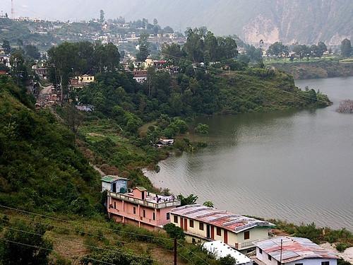 टिहरी बाँध की उँचाई बढ़ने से कुछ और गाँव डूब क्षेत्र में आएँगे