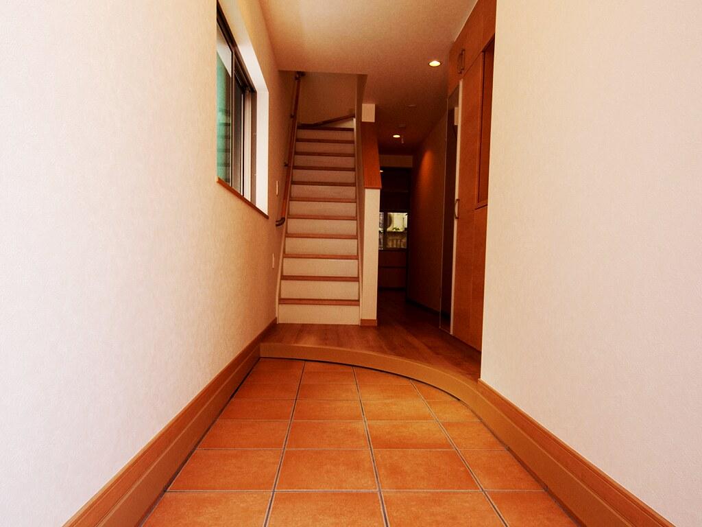扉と玄関03