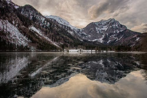 salzkammergut langbathsee ebensee austria österreich upperaustria oberösterreich vordererlangbathsee reflection alpineregion alpinelake lake gewässer snowymountains mountain alpineview scenicview winter snow schnee gebirge alpen alps brunnkogel outdoor 2017 nature natural mountainouslandscape landschaft europa highres snowy snowylandscape winterlandscape panoramicview canoneos700d höllengebirge scenery view panorama alpine landscape water sky trees summit summitcross mountainside topf25 jagdschloss frozen frozenlake frozenwater alpinescenery alpinelandscape panoramicscene panoramic