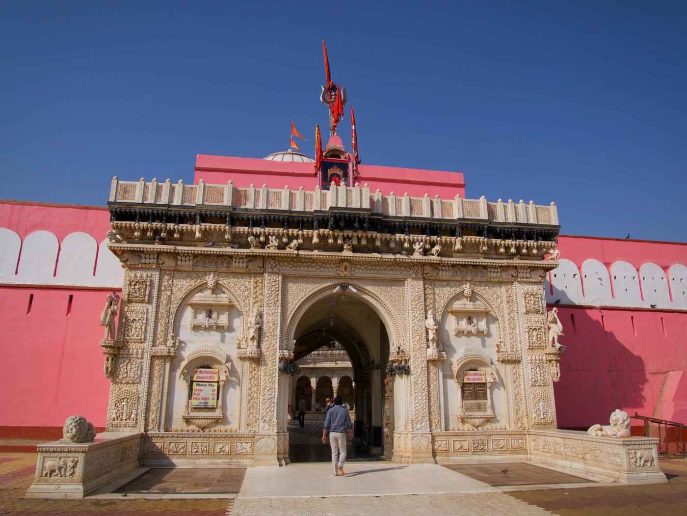 432-India-Deshnoke