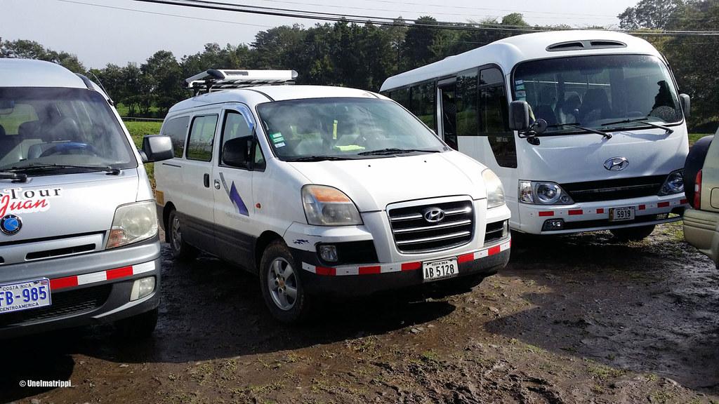 Pikkuautoilla matkustaminen on yleistä Costa Ricassa