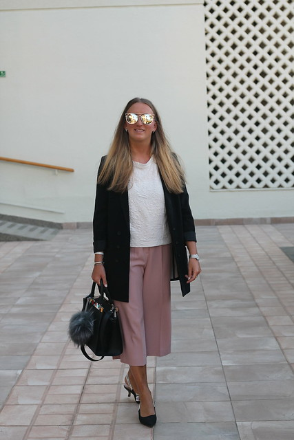 blazer-and-culottes-whole-look-wiebkembg