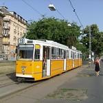 A 19-es villamos az Ybl Miklós térnél