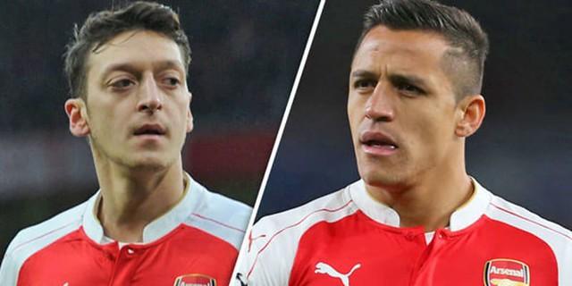 Kontrak Baru Mesut Ozil & Alexis Sanchez Masih Terus Bernegosiasi
