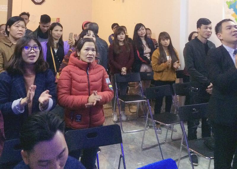 Hội Thánh Bắc Ninh - Giáng sinh có 50 người tham dự có 4 người tin nhận Chúa (1)