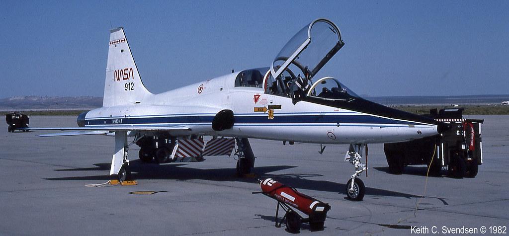 65-10354 nasa N912NA KEDW 19820500 17cr