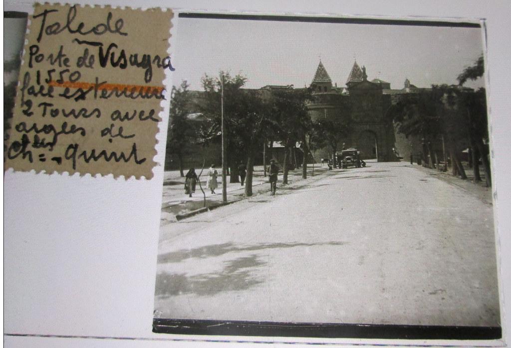 Puerta de Bisagra hacia 1935. Cristal estereoscópico de autor anónimo francés.