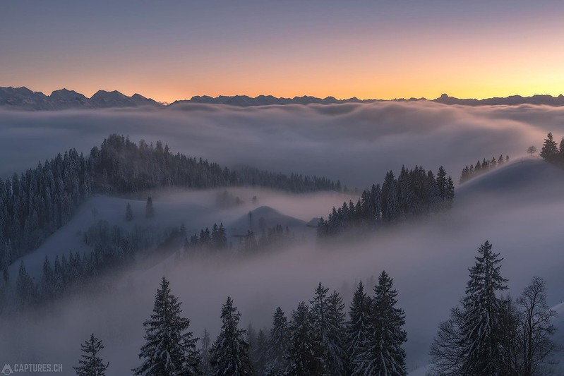Fog in the valley - Lüderenalp