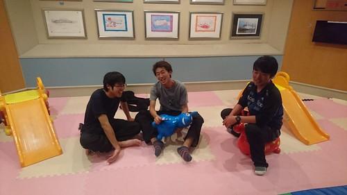 帰りのフェリーにて九州班と合流。幼児退行する大学生たち