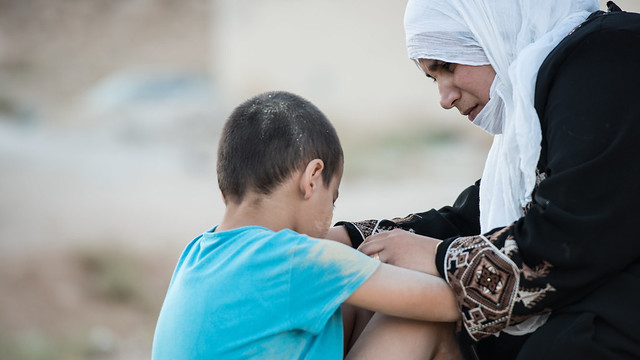 A child and mother refugees