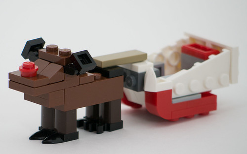 """Christmas Build-Up 2017 Day 18 MOC """"Rudolph & Sleigh"""""""