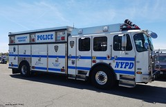 NYPD - ESU 5706 - 2014 E-One Cyclone II (1)