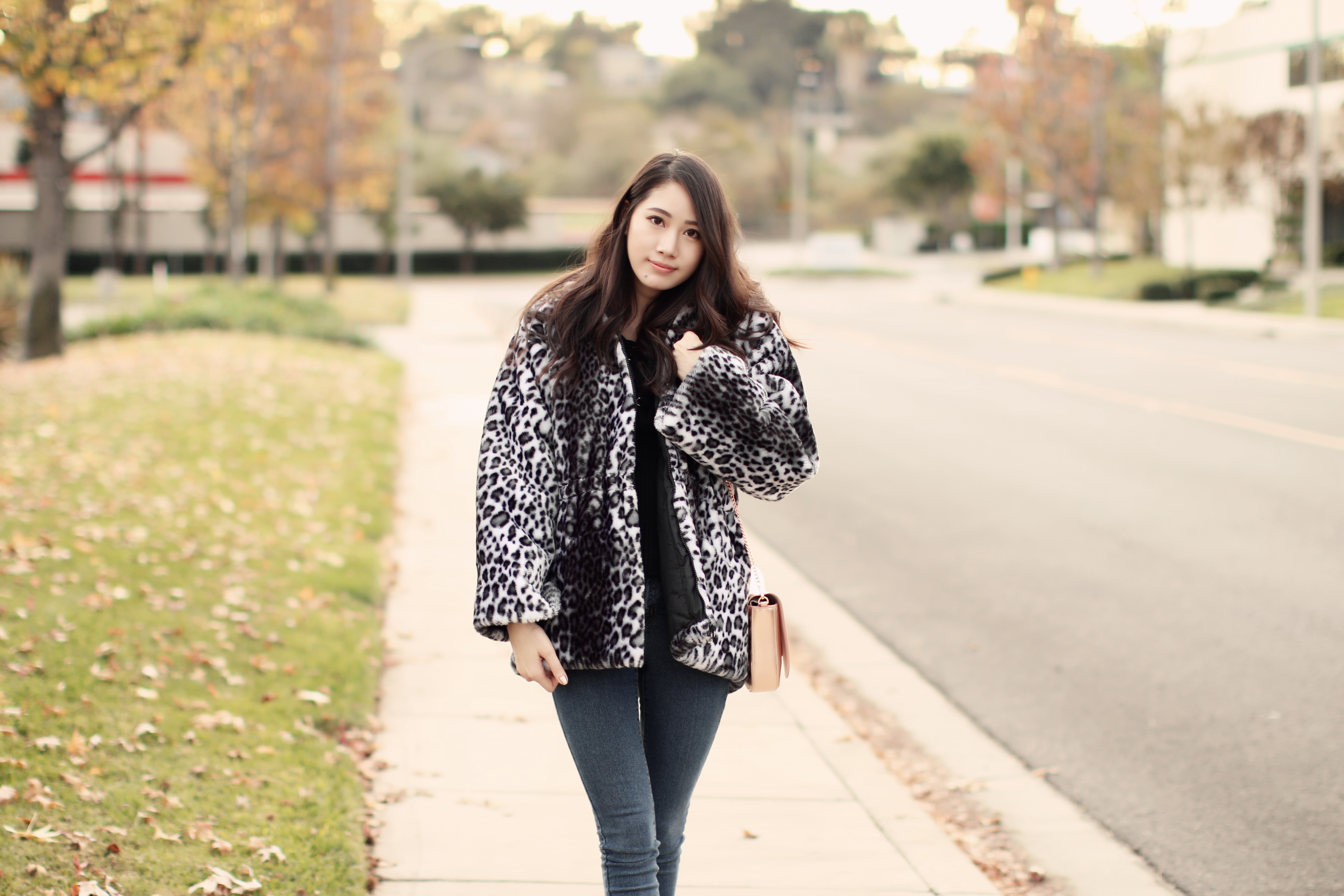 4058-ootd-fashion-style-outfitoftheday-wiwt-streetstyle-furcoat-fauxfur-forever21-f21xme-hollister-hcostylescene-elizabeeetht-clothestoyouuu