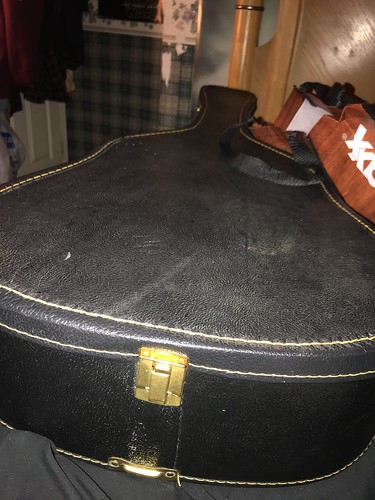 Today my favorite christmas present was a new guitar case.