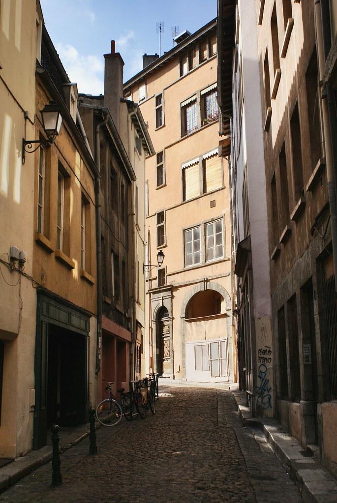 Photo du rue près de Saint Paul dans le Vieux Lyon.