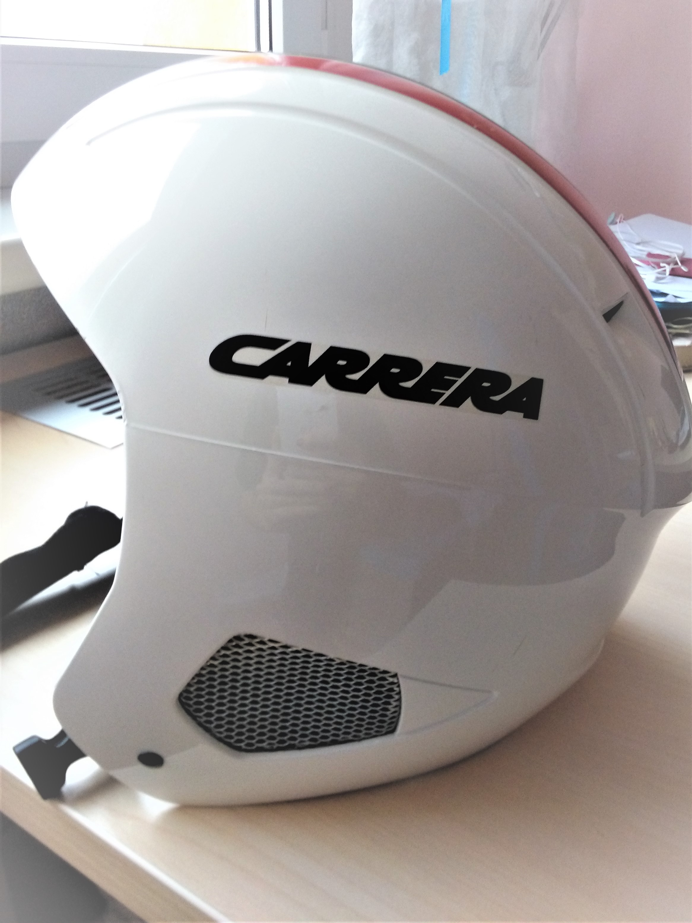 Dámská lyzařská helma - Carrera - Bazar - SNOW.CZ a2434d98516