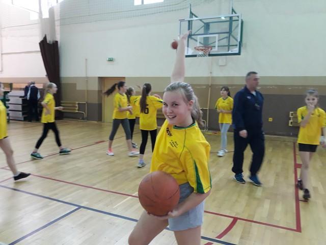 Mini koszykówka dziewcząt